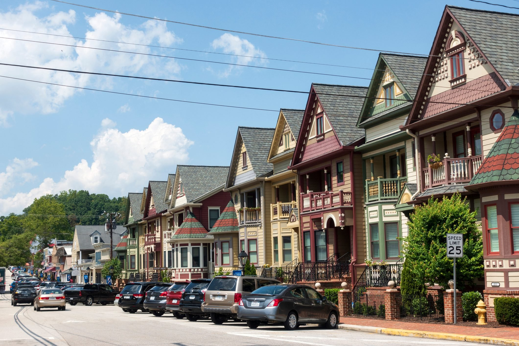 Traffic at downtown historic Occoquan