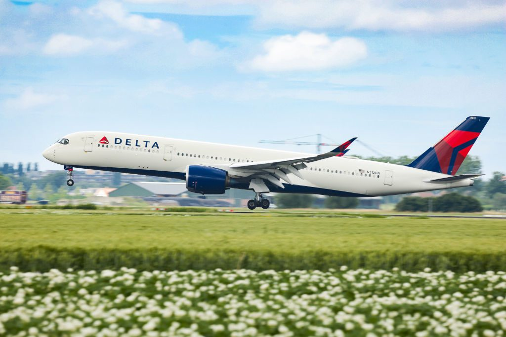 Delta Air Lines Airbus A350 Landing