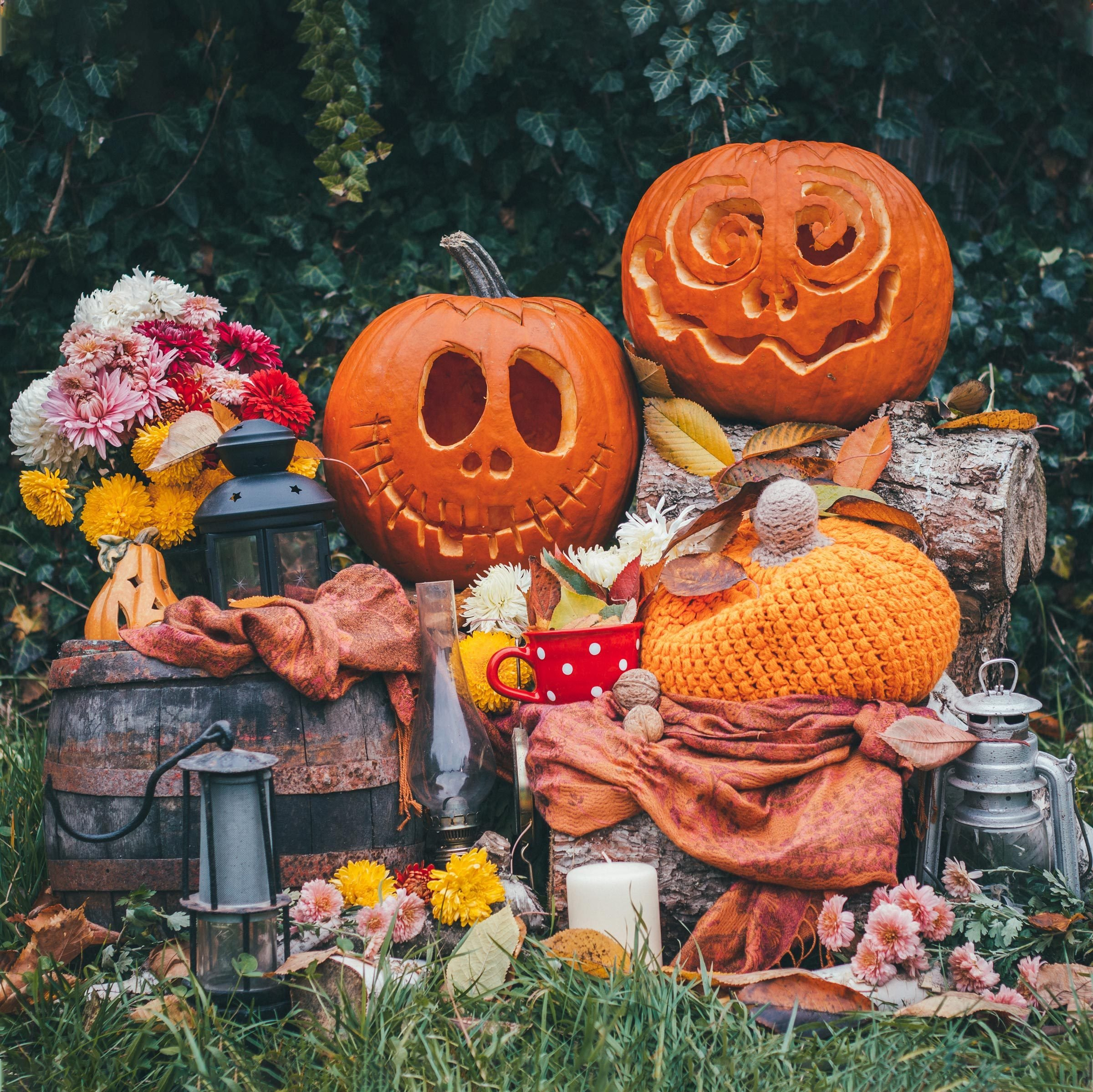 halloween planter decorations