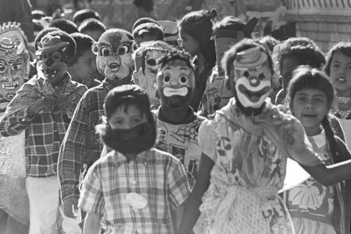 OCT 27 1965, OCT 28 1965; March of the Hoboblins Moves Along on Ebert School Playground; Students, t