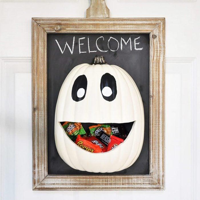 Grab-and-go candy door hanger
