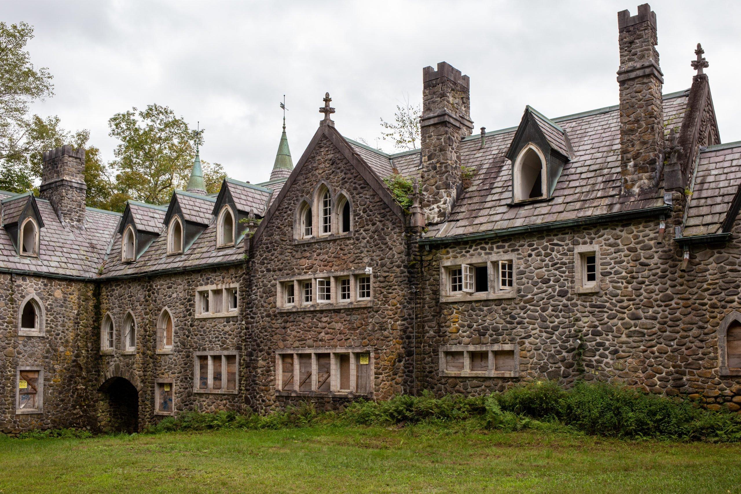 Dundas Castle — Roscoe, NY