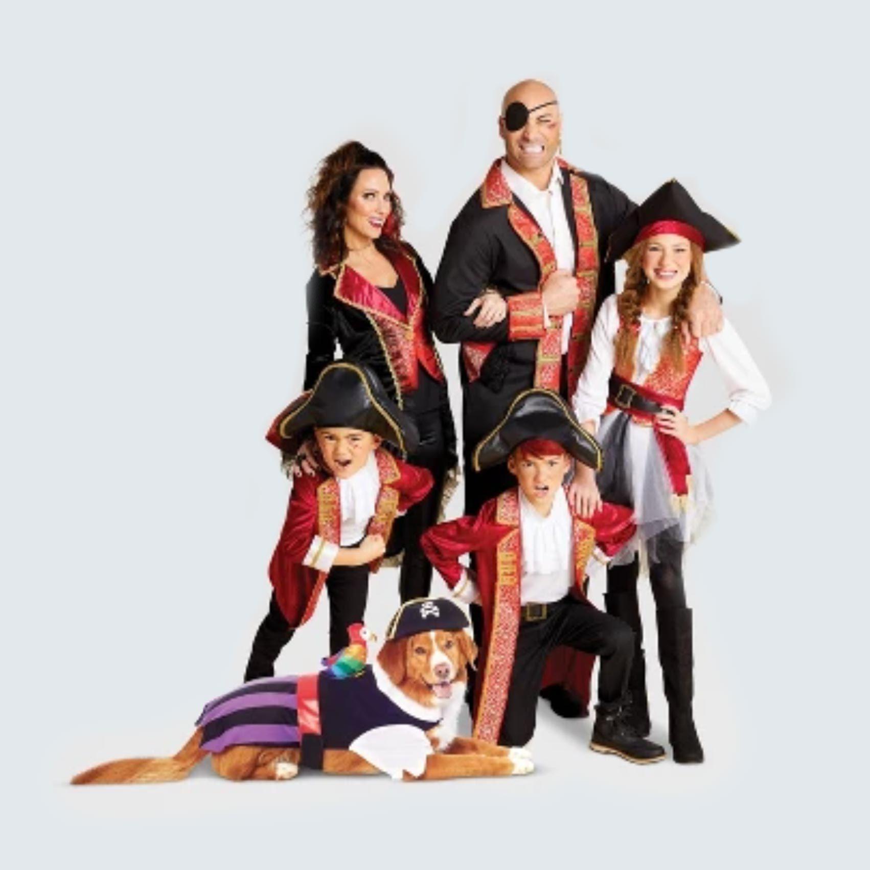 Pirate family halloween costume