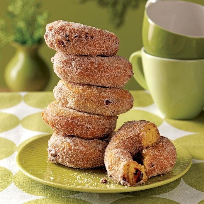 Pumpkin-cranberry cake donuts