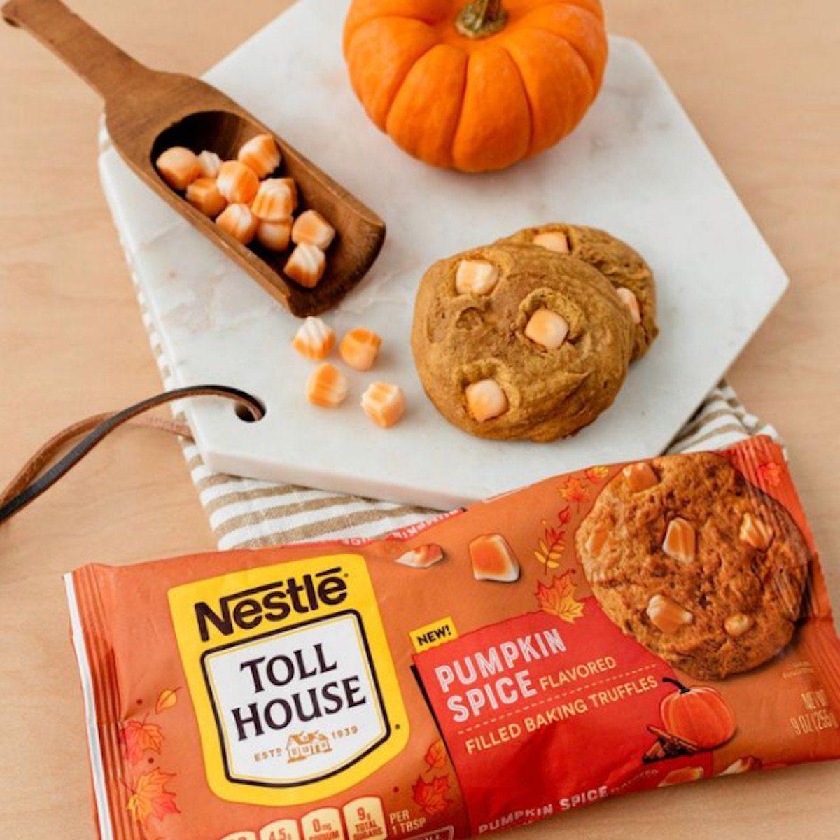 Pumpkin Spice-Filled Baking Truffle