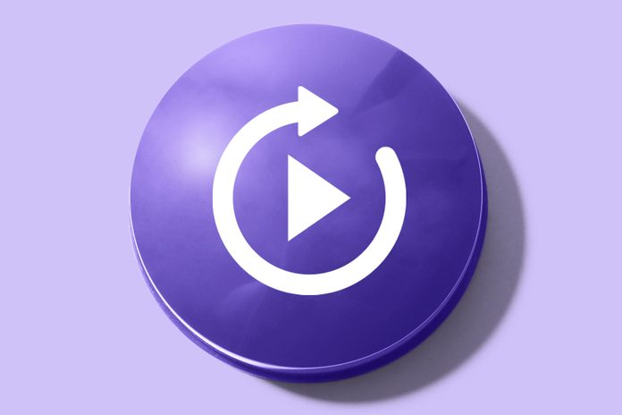 purple button with a repeat symbol