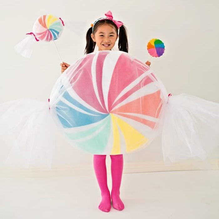 DIY kids Candy Halloween Costume Via Hellowonderful