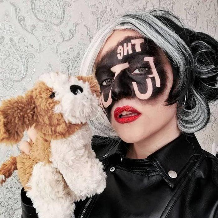 Cruella De Vil Halloween Makeup