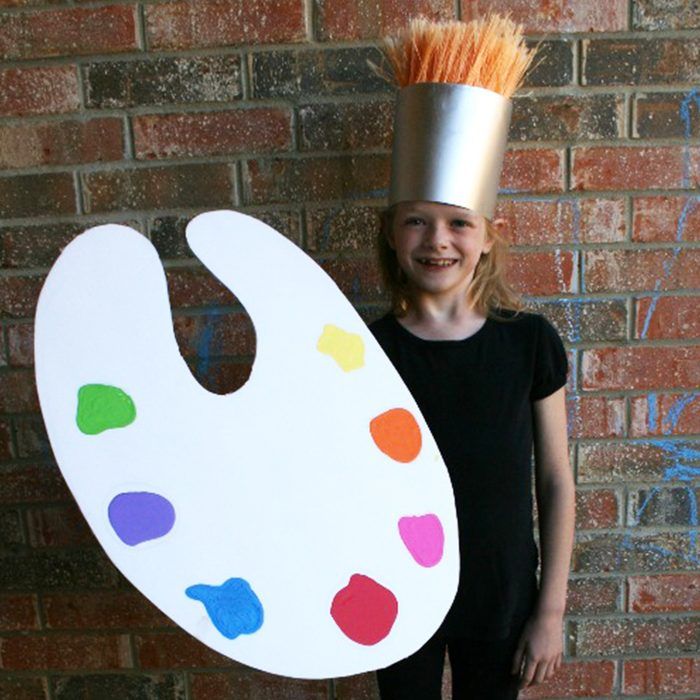 Diy Paint Brush And Palette Halloween Costume Courtesy Dukes And Duchesses