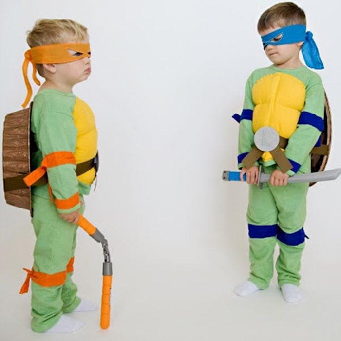 Diy Teenage Mutant Ninja Turtles Halloween Costume Lotus Blossom Photography Via Thescrapshoppeblog