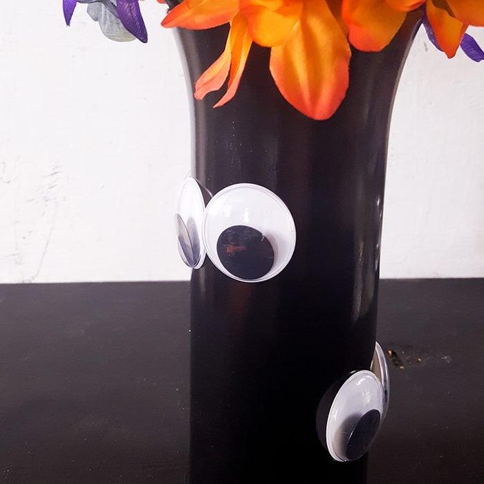 Googly Eye Vase Via Ourwabisabilife