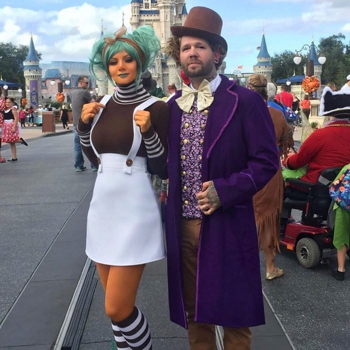 willy wonka and oompa loompa couples halloween costume