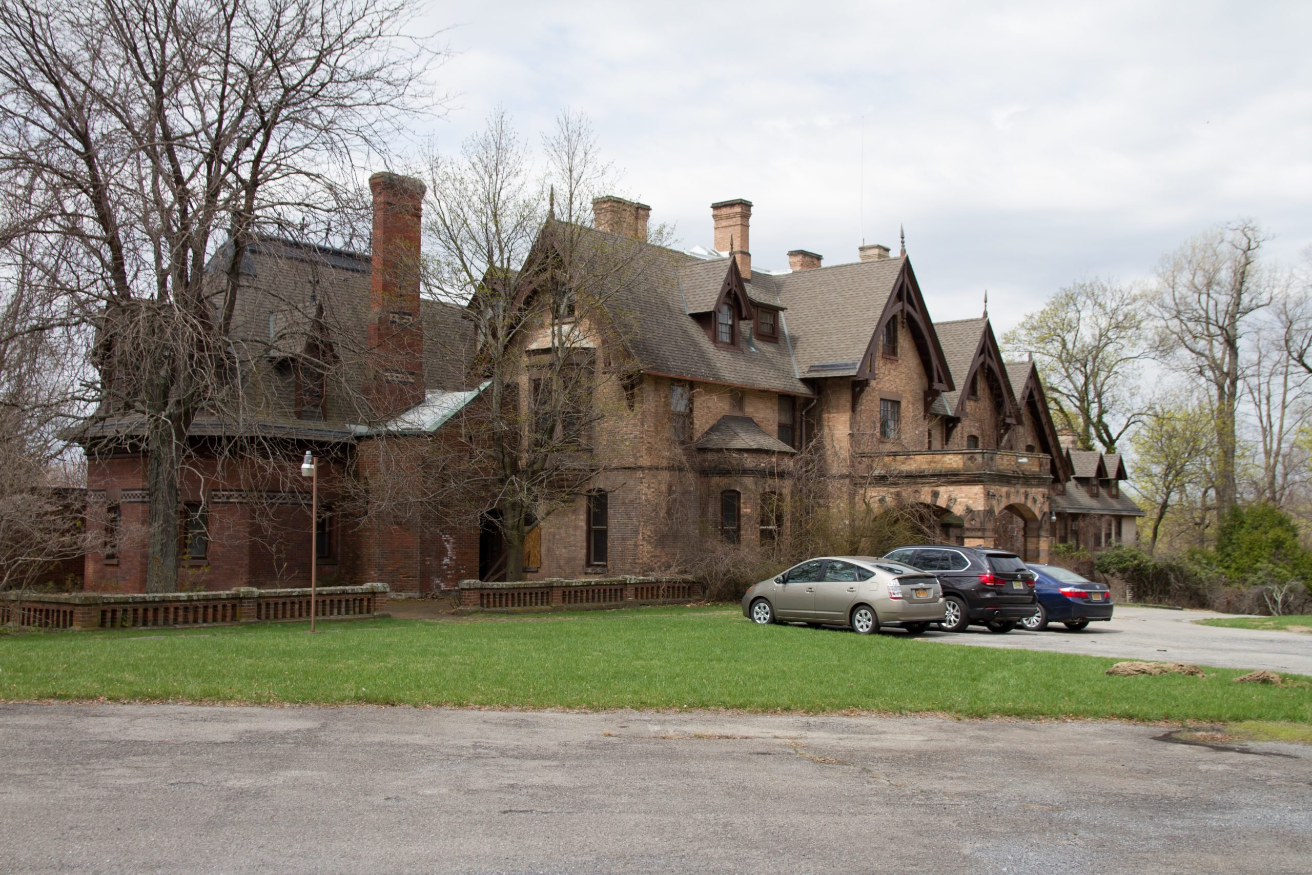 Craig house hospital abandoned mansions