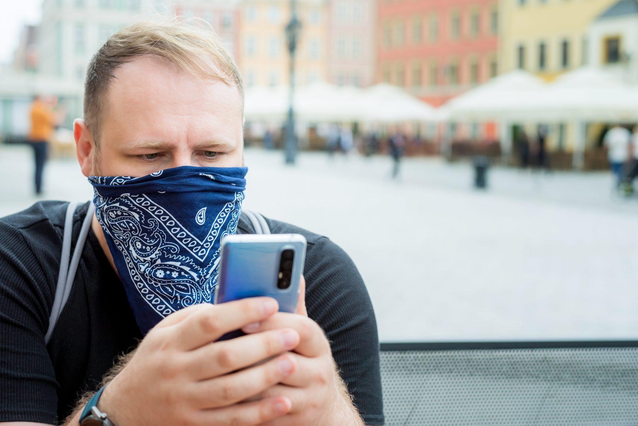 man wearing bandana as a face mask