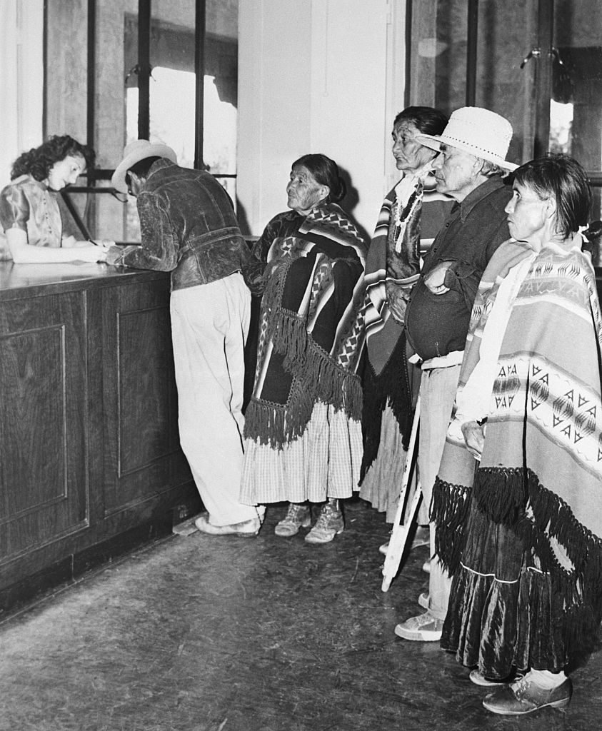 Native Americans Register To Vote