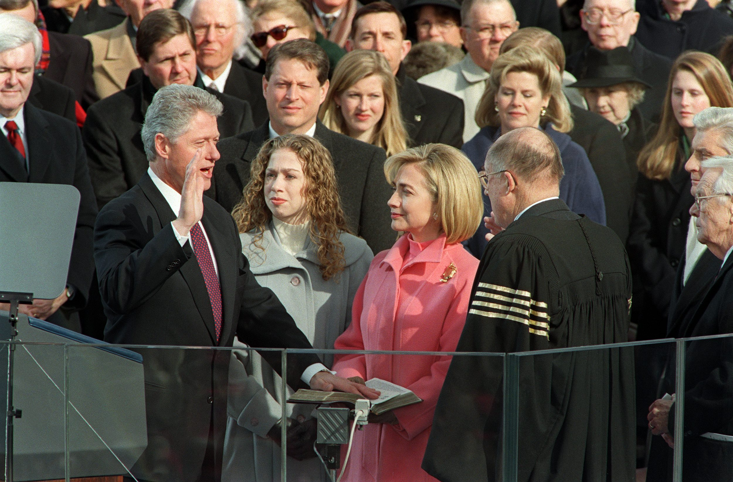US President Bill Clinton (L) is sworn in 20 Janua