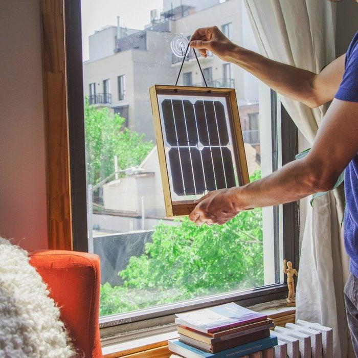Grouphug Window Solar Charger