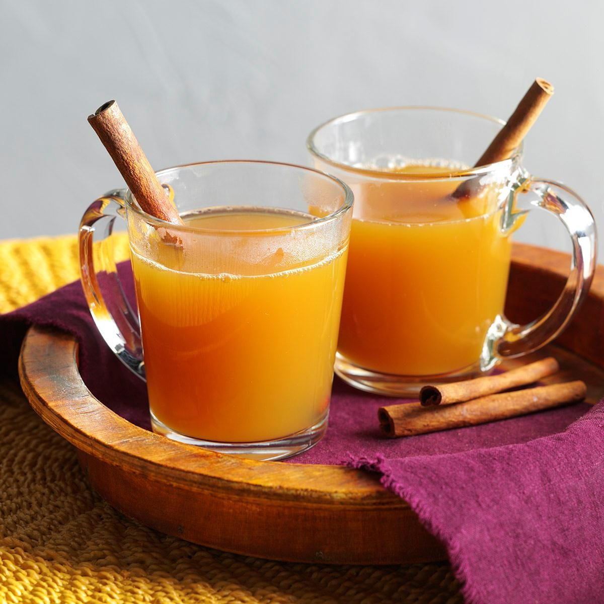 Capricorn: Spiced Hot Apple Cider