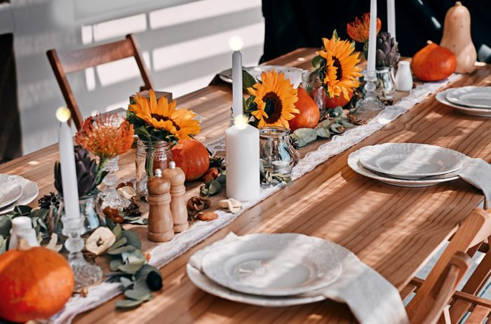 sunflower accents on thanksgiving dining table