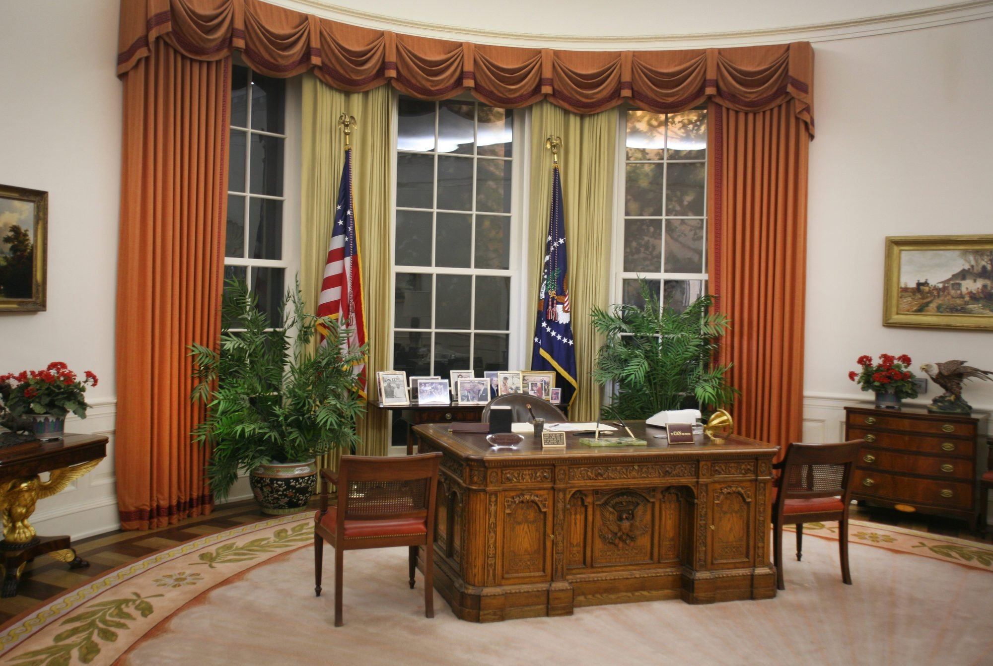 Ronald Reagan Library, Oval Office