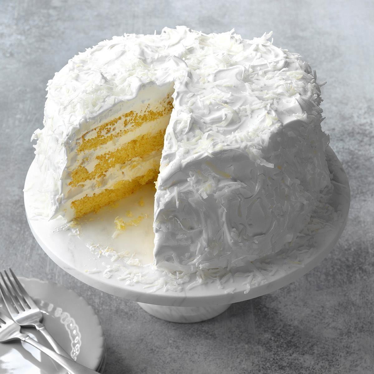 Holiday Snowflake Cake