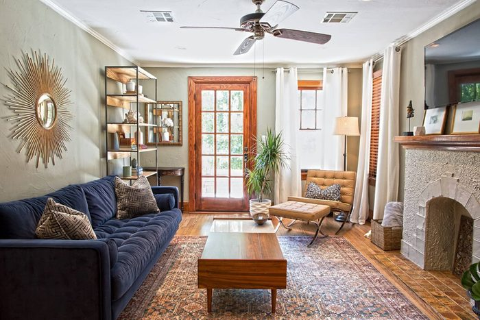 Santa Fe inspired decoration of Oklahoma City airbnb living room