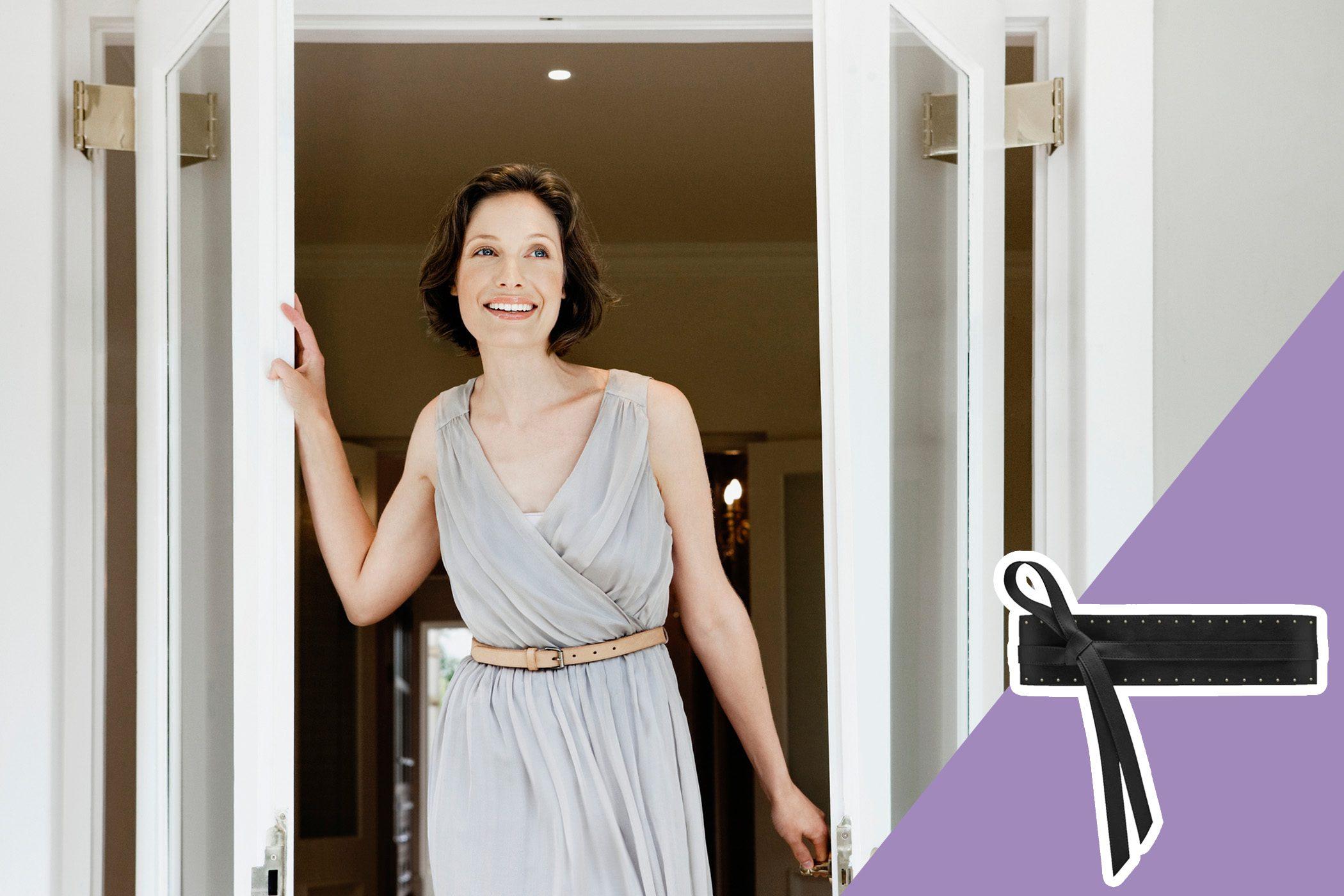 woman wearing belt at the waist