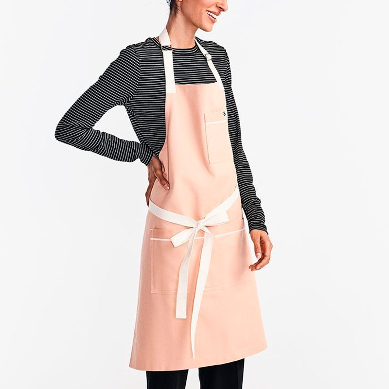 the carryall apron in rose
