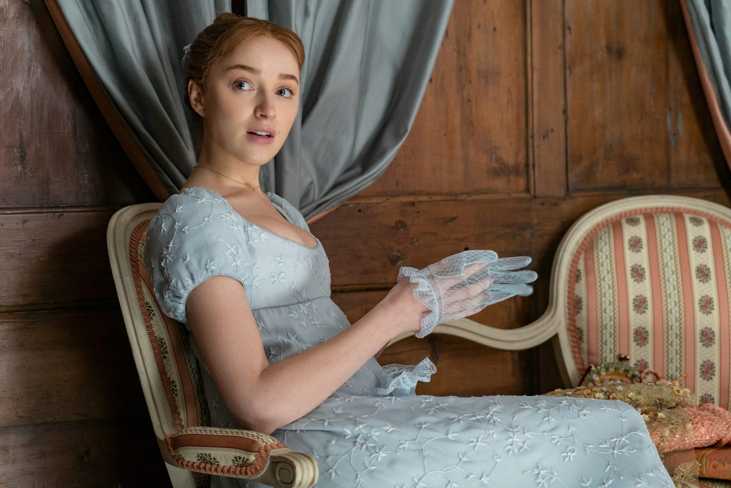 Daphne Bridgerton in the Netflix show Bridgerton