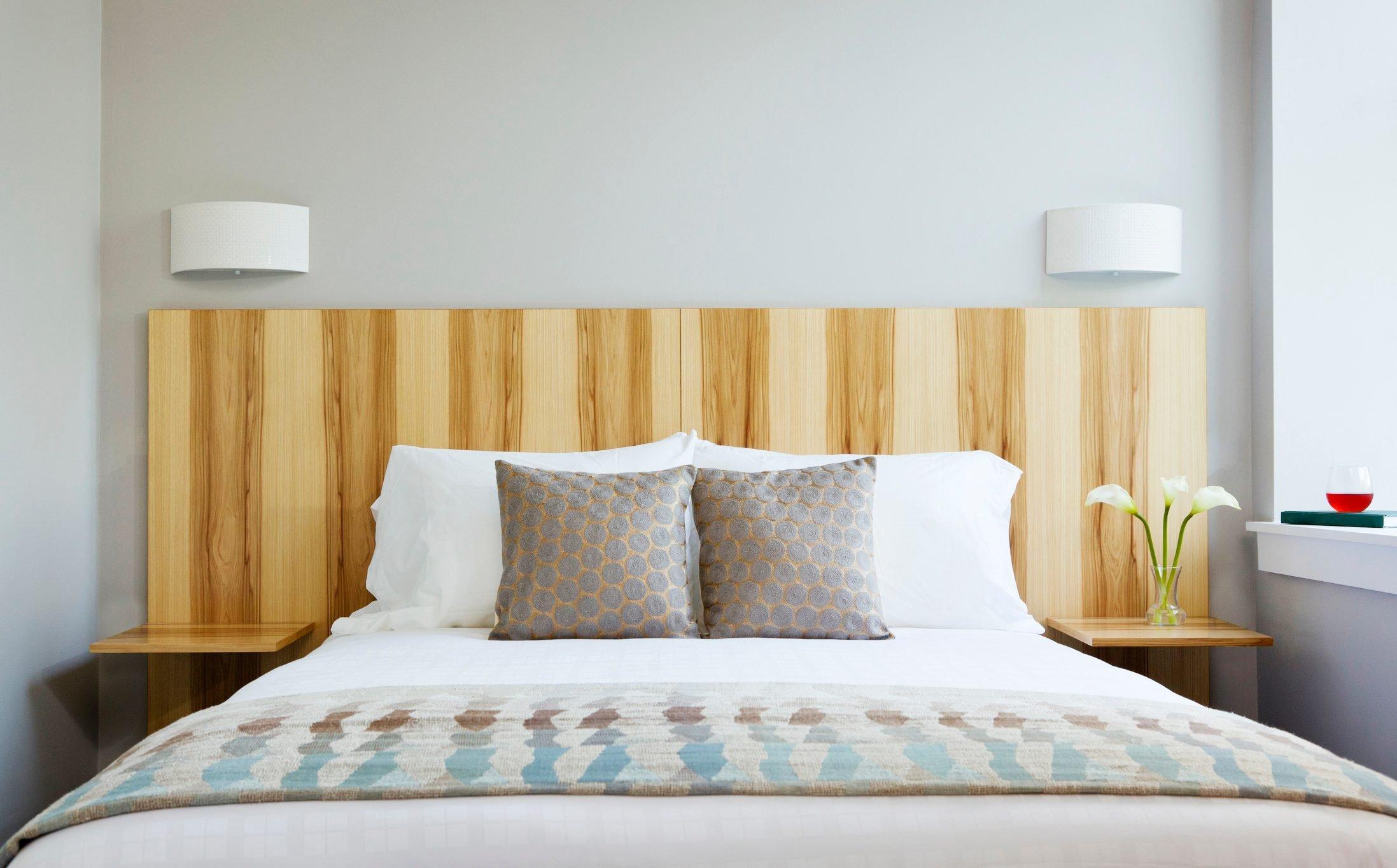 hotel decorative bedding