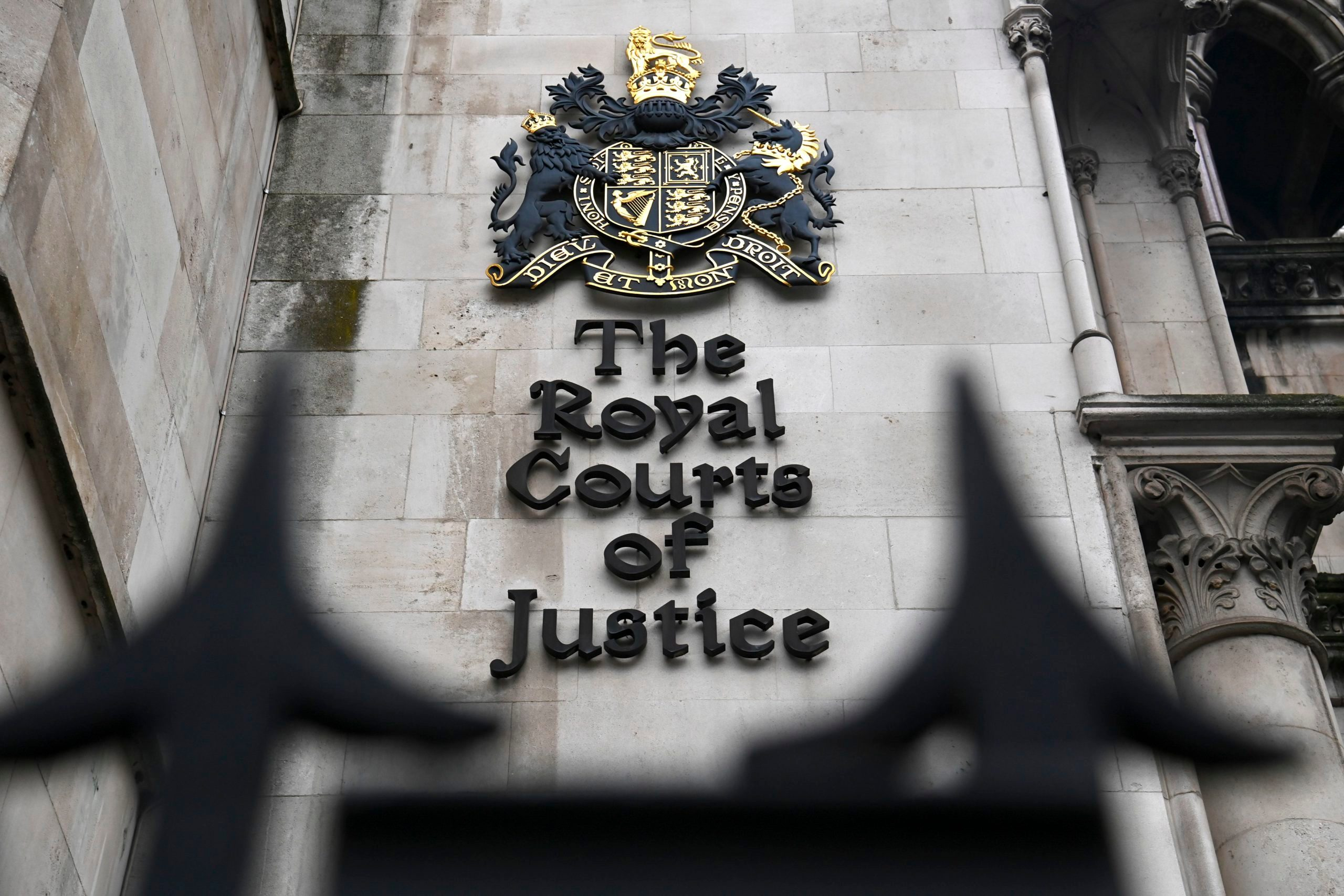 BRITAIN-ROYALS-COURT-MEDIA