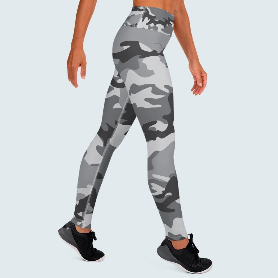 Yoga Pants In Light Grey Camouflage