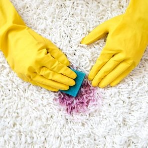 cleaning stain from carpet