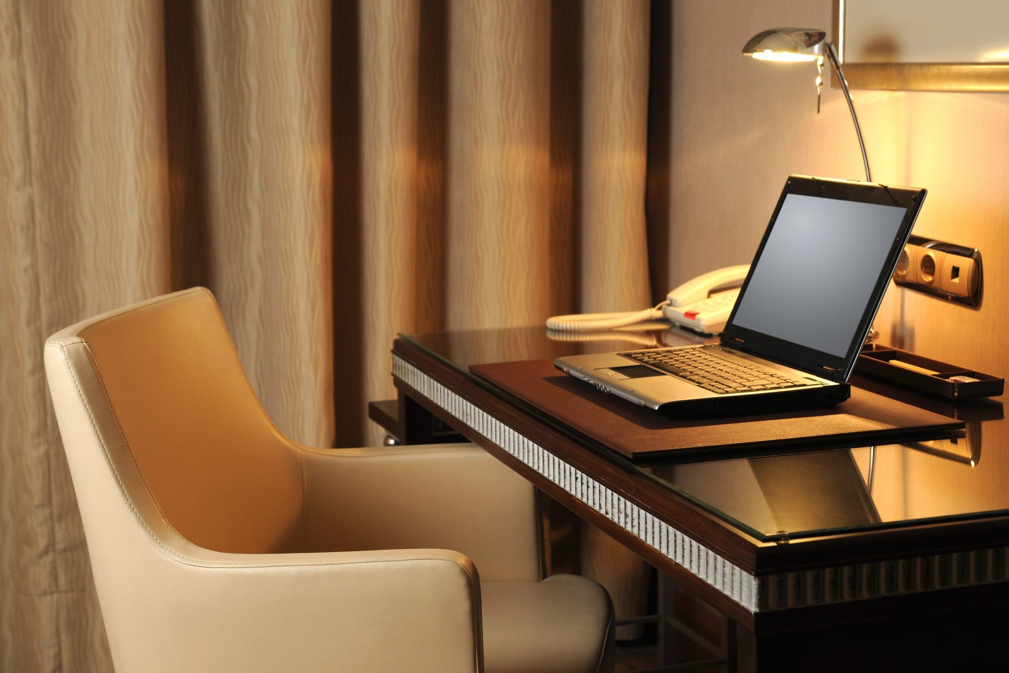 Internet Service in the Hotel Room
