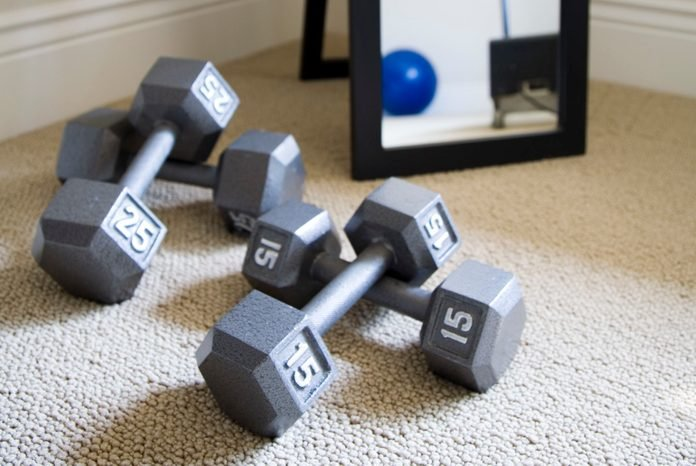 Hand Weights and Mirror