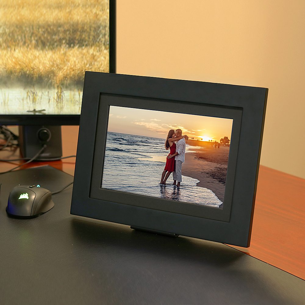 digital picture frame for grandma