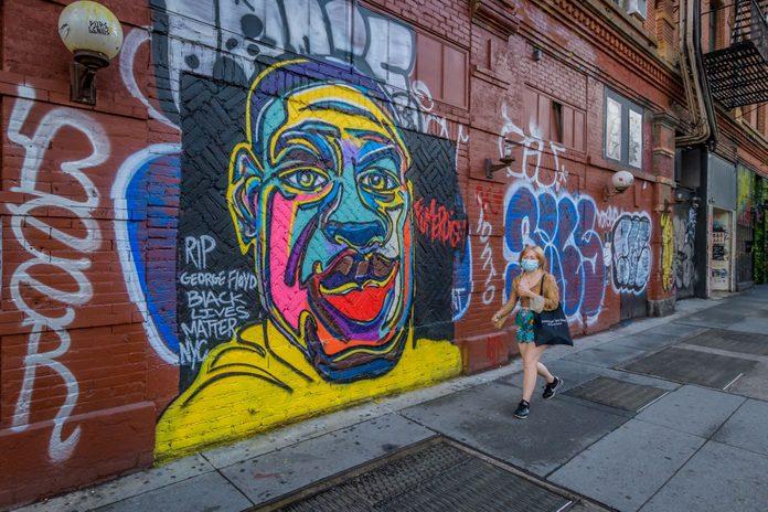 A George Floyd mural in Manhattan.