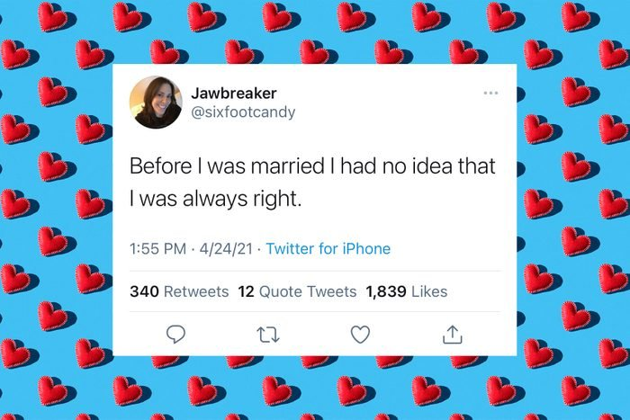 funny relationship tweet over hearts pattern background