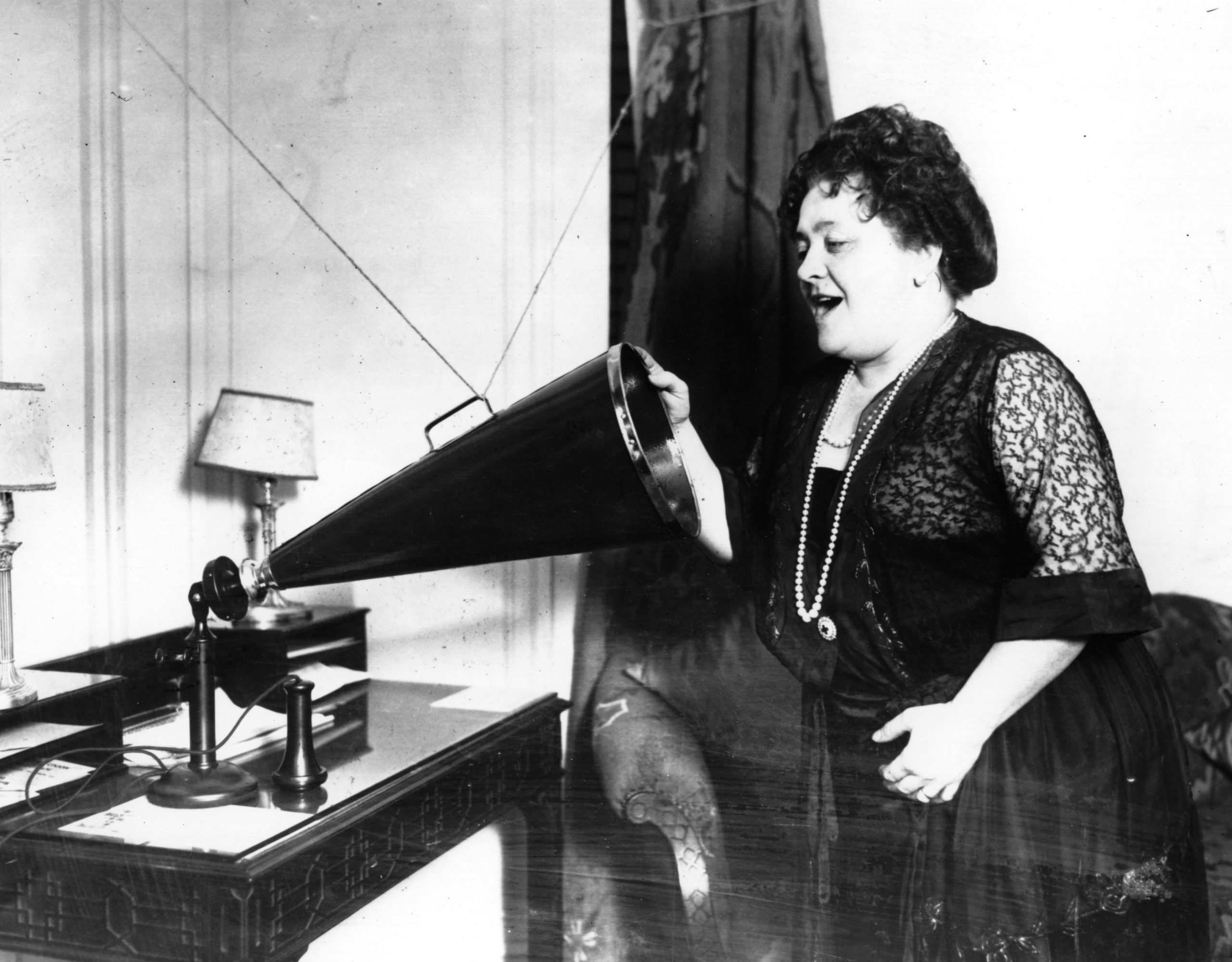 Luisa Tetrazzini recording her voice