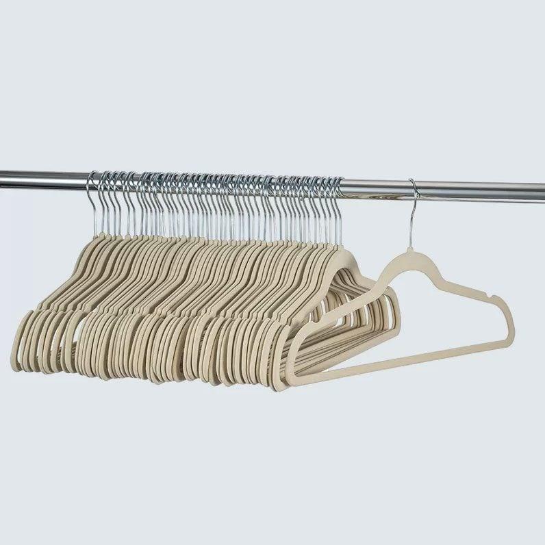 Rebrilliant Dallin Velvet Non Slip Standard Hanger Set