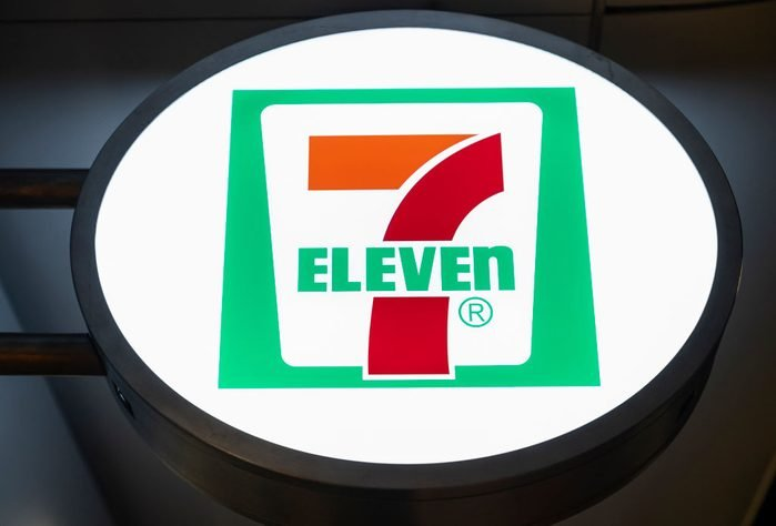 7/11 store sign