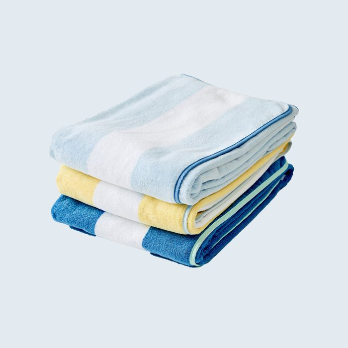 stack of 3 striped towels