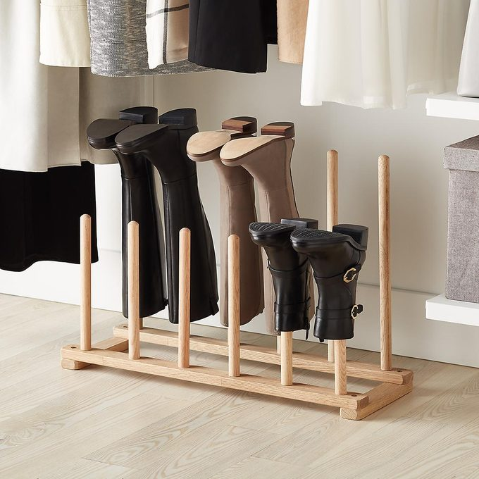 fodlable boot rack
