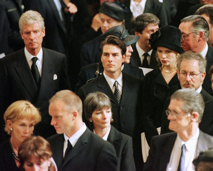 US film director Steven Spielberg (right), actors Tom Cruise (3R) and Nicole Kidman (2R), pop singer Sting (2L) with his wife Trudy Styler arrive for the funeral service of Diana