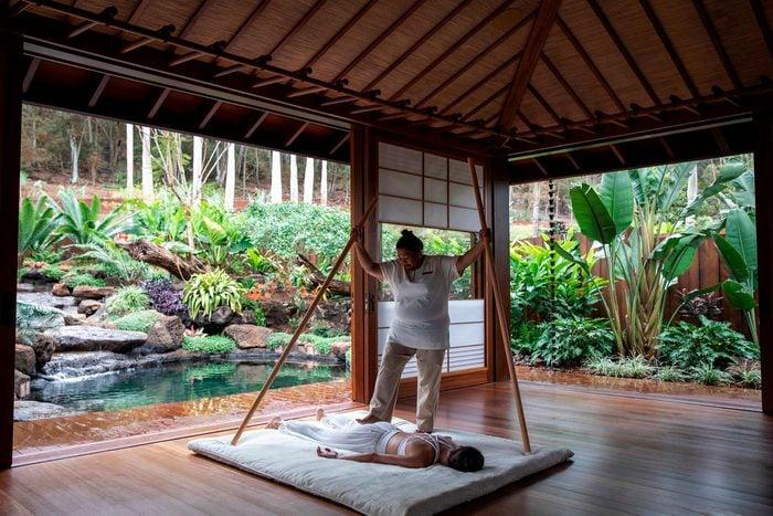 woman getting a massage Sensei Lanai, hawaii