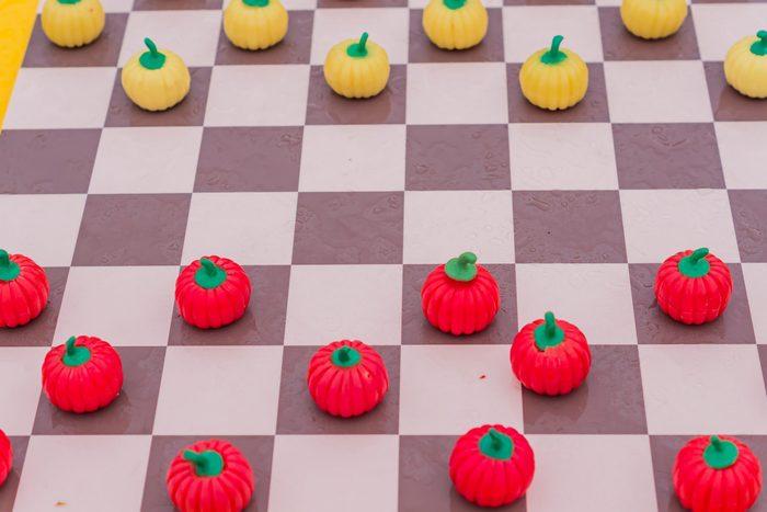 pumpkin checkers game