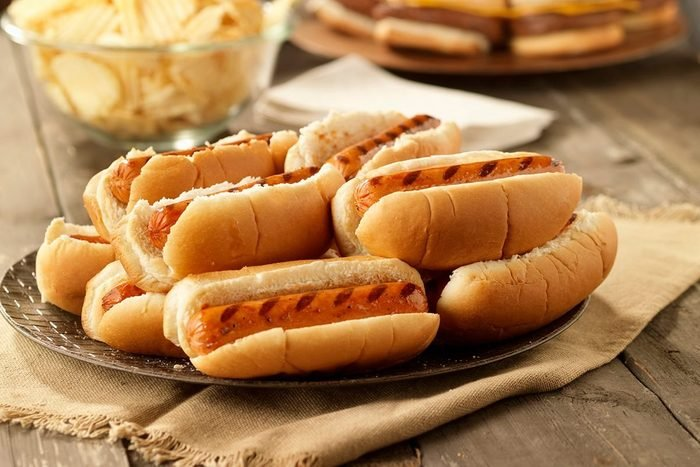 Bbq Hot Dogs At A Picnic 2