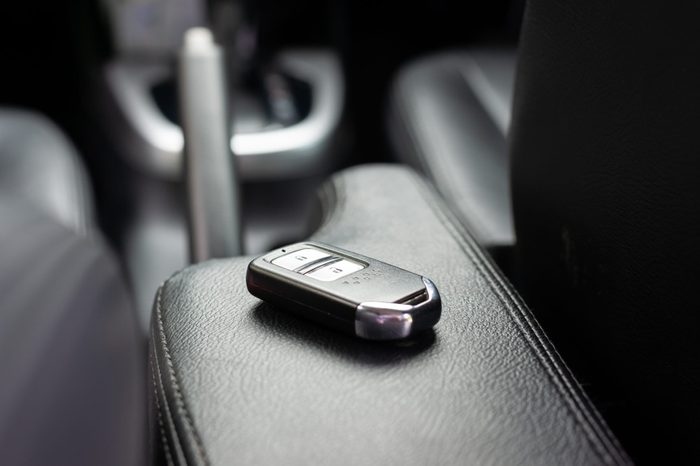 Car key with remote control black