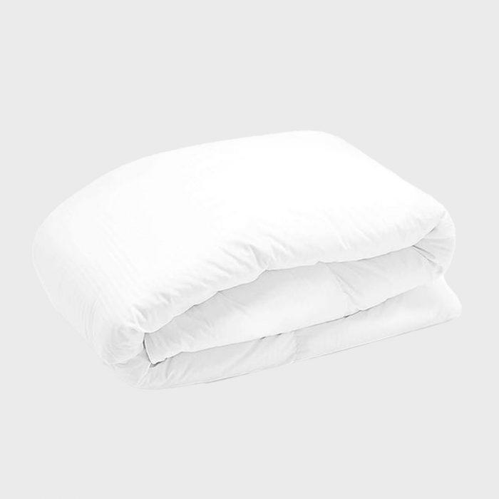 White Goose Down Comforter Via Rileyhome