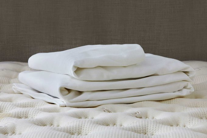Saatva mattress protector